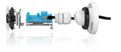 H.265+対応、屋外防雨5MP PoEネットワークカメラ(RK-520GE)は、PoEに対応しLANケーブル一本で配線可能です。